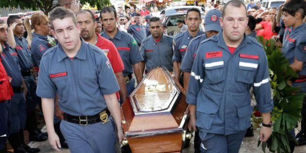 Bombeiro morto entrou três vezes no Museu da Língua Portuguesa para salvar