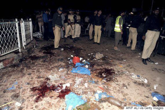 Ataque de homem-bomba mata ao menos 60 pessoas em parque na cidade de Lahore, no