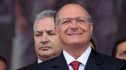 Por debaixo do pano, governo Alckmin elimina aulas de escolas de