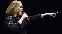 Adele sobre amamentação: 'A pressão em cima de nós é absolutamente