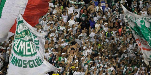 Palmeiras goleia o Vasco no Rio e assume a terceira posição no