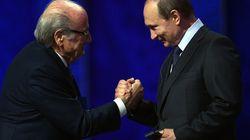 Pode parecer brincadeira, mas Putin diz que Blatter merece um