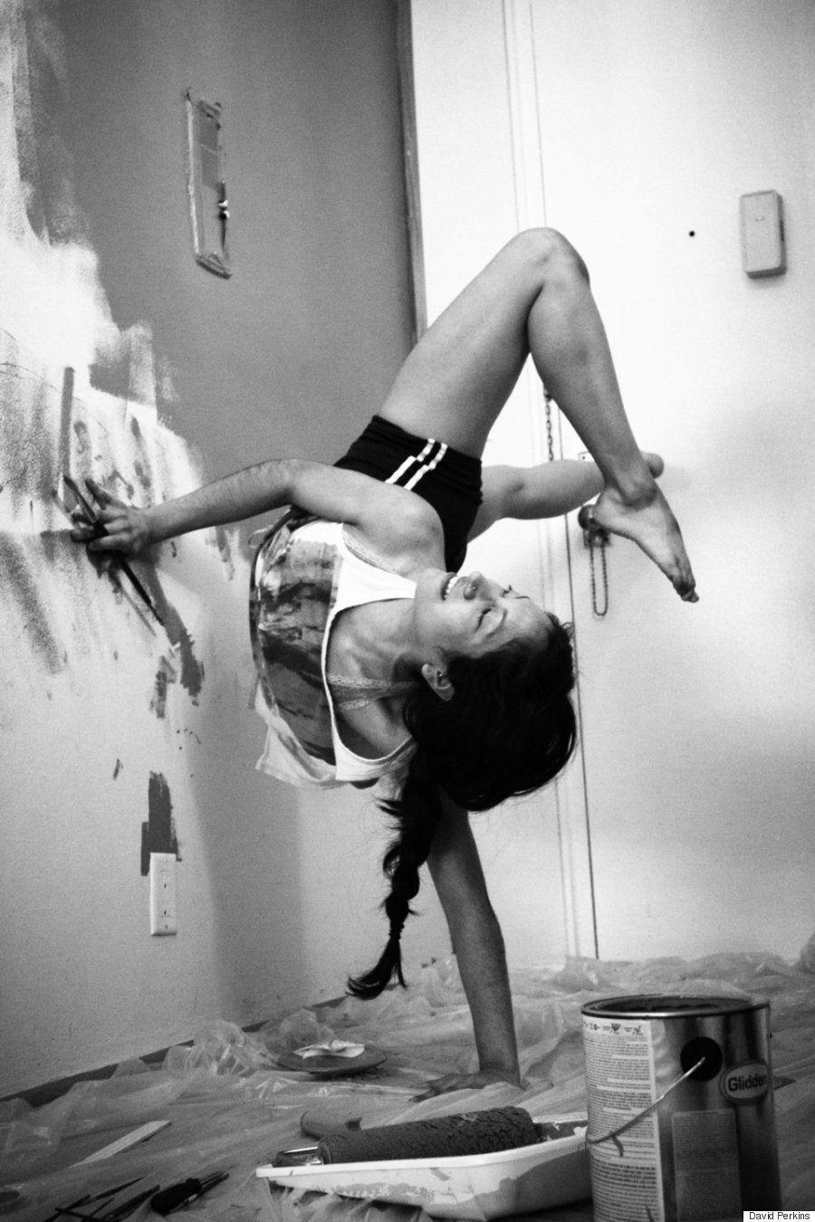 Estes bailarinos transformam a própria casa em palco para ensaio INCRÍVEL