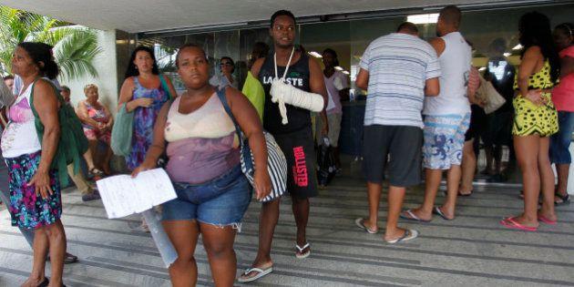 Hospitais do Rio só recebem os casos graves e sobrecarregam rede