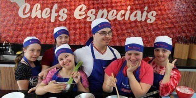 Chefs com síndrome de Down comandam festival beneficente de hambúrguer em