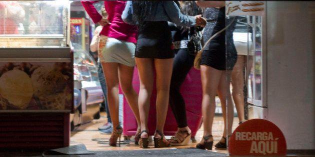 Atrizes de Hollywood 'compram' briga com Anistia Internacional por legalização de