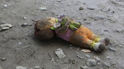 Em Lesbos, brinquedos de piscina são provas da viagem