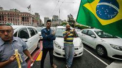 Sem trégua: Taxistas protestam em São Paulo contra regulamentação do