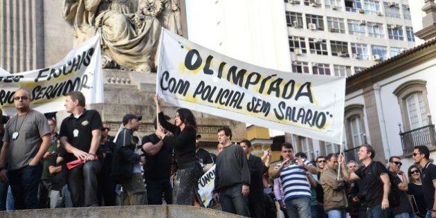 Governo do Rio começa a pagar amanhã salários atrasados de