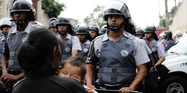 Maioria da população tem medo de ser vítima de violência por parte da Polícia Militar, diz