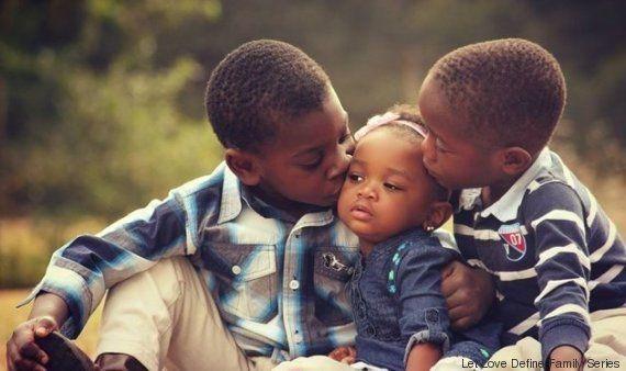 Família: Conheça a história do primeiro casal gay a adotar crianças na