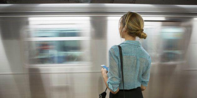 Em SP, passageira do Metrô será indenizada após assédio em