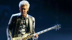 Adam Clayton, do U2, superou problemas de saúde mental e recomenda