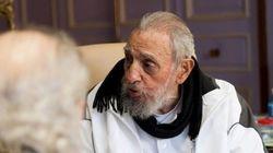 OLHA ELE! Fidel Castro faz raríssima aparição pública em