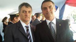 ASSISTA: Irmão de Bolsonaro recebia R$ 17 mil por mês, mas não aparecia na