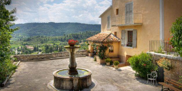 Dans le quartier de la Fondue. Moustiers-Sainte-Marie. Provence, Fr.------------------------------------------------------------------------------------------------------------------------------This...