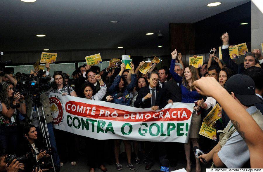Chance de eleições gerais no Brasil tem como principais adversários a Constituição e o 'tempo do