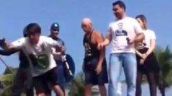 Bolsonaro tentou ser astro do rock... E a gravidade fez o trabalho