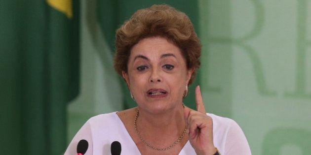 Governo teme que derrota expressiva na comissão amplie isolamento político de