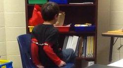 ASSISTA: Criança de oito anos é algemada após 'mau comportamento' em escola dos