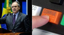 Senador sugere proposta para população revogar mandato de políticos no