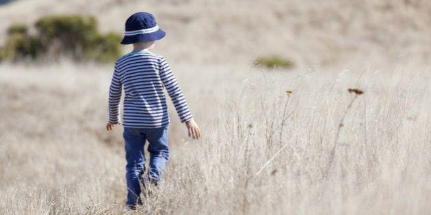 5 sinais precoces de autismo para os quais todos os pais devem ficar