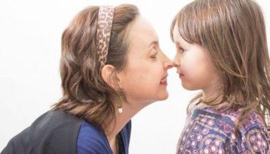 'Como é ter câncer e ser mãe de uma criança