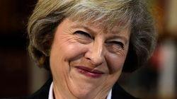 Ministra britânica Theresa May lidera disputa por vaga de premiê entre