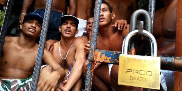 CPI do Sistema Carcerário sugere criação de 20 leis, com privatização e terceirização dos