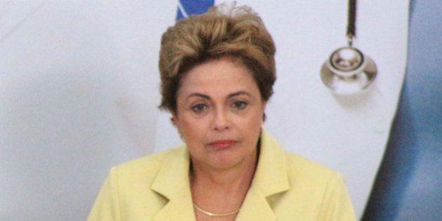Dilma tem impopularidade recorde e 66% defendem processo de impeachment, diz