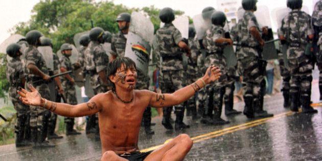 Assassinatos de indígenas disparam no Brasil, comprova relatório do
