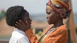 Lupita Nyong'o é mãe de ugandense mestre do xadrez em 'Queen of Katwe'; Veja 1ª