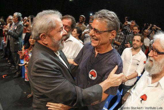 Manifestação contra impeachment tem Lula e Chico Buarque no Rio de
