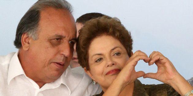 Dilma está preocupada, mas firme, diante de discussão de impeachment, diz