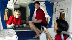 FOTOS: Descubra o 'quartinho secreto' onde os comissários de bordo