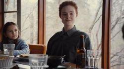 ASSISTA: Elle Fanning é adolescente transgênero em primeiro trailer de 'About