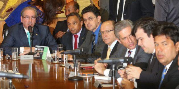 Filiação a novos partidos e 'deserções' alteram composição de bancadas na Câmara em