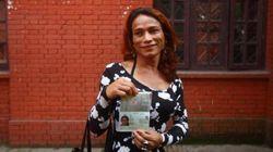Nepal começa a emitir passaporte com 'outros' como opção de