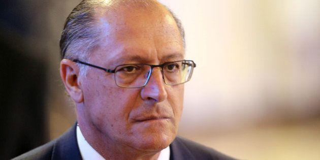 Gestão Alckmin impõe sigilo de até 15 anos a dados da PM em