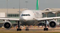 Avião perde parte da turbina em pleno voo no