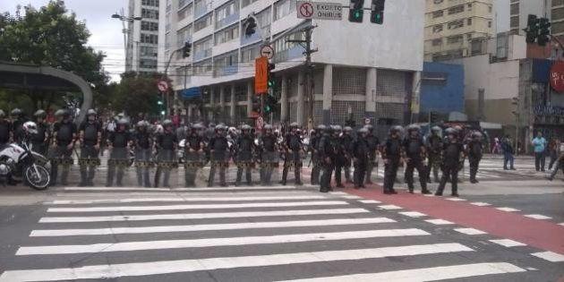 Polícia Militar reprime novo protesto contra aumento da passagem em São Paulo antes mesmo de manifestação