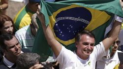 Bolsonaro insinua que governo planeja atentado terrorista para se manter no