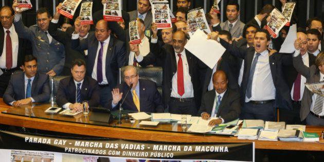 Bancada Evangélica aposta em governo Temer para avançar em pautas