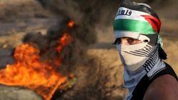 Palestinos ateiam fogo a templo na