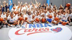 NBA reforma quadra de escola no Rio e atletas dão aula para