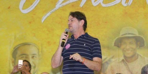 Ex-ministro da Educação, Cid Gomes se filia ao PDT e chama Michel Temer de 'chefe de