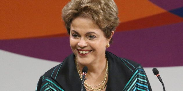 Julgamento de ação que pede impugnação de Dilma no TSE por abuso de poder é