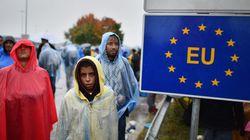 CRISE HUMANITÁRIA: Com o fechamento de fronteiras, refugiados ficam 'presos' nos