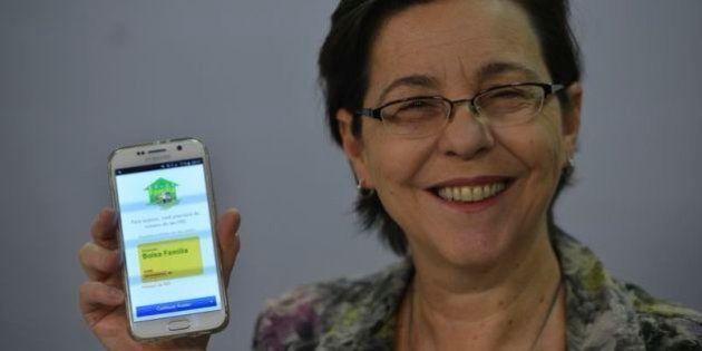 'Falta de informação leva ao preconceito contra o Bolsa Família', diz ministra do Desenvolvimento