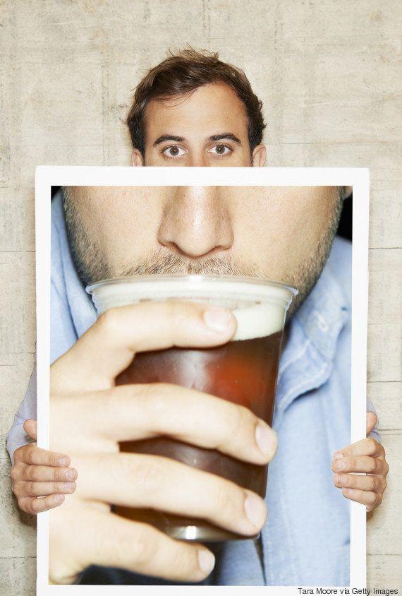 Não é a maconha! Álcool é a 'porta de entrada' das drogas, aponta